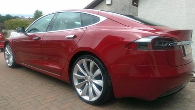 Tesla Model S 90D - New Car Detail - KubeBond Diamond 9H Ceramic Coating